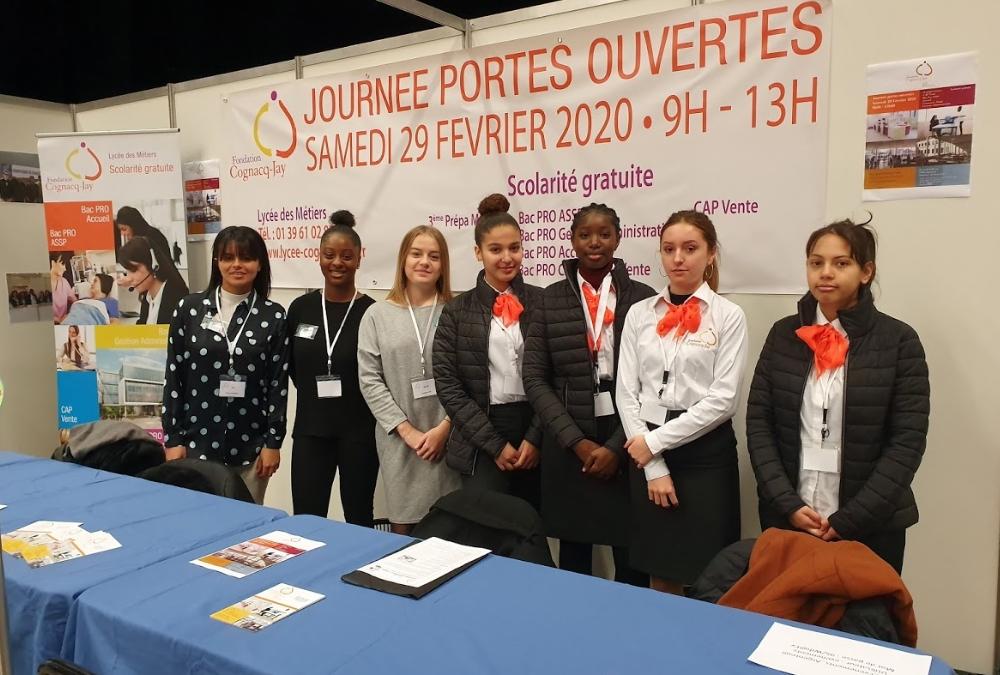 Les élèves ambassadeurs au forum des collégiens